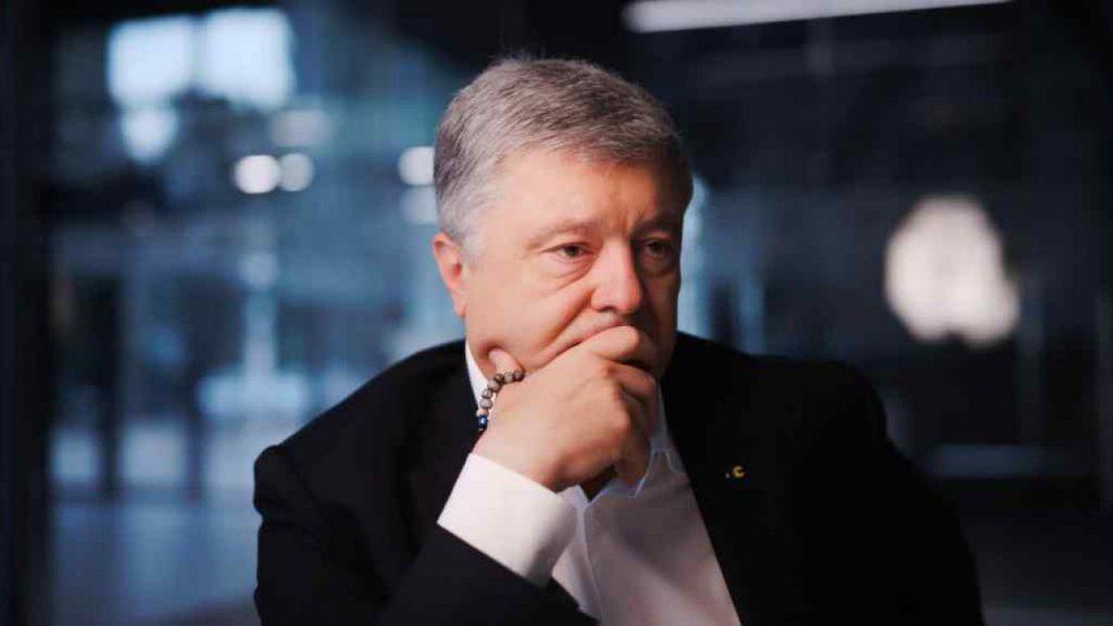 На вечер! Украину всколыхнул громкий скандал — Порошенко в шоке: «На выход!». Шокирующая коррупция — вспомнили все