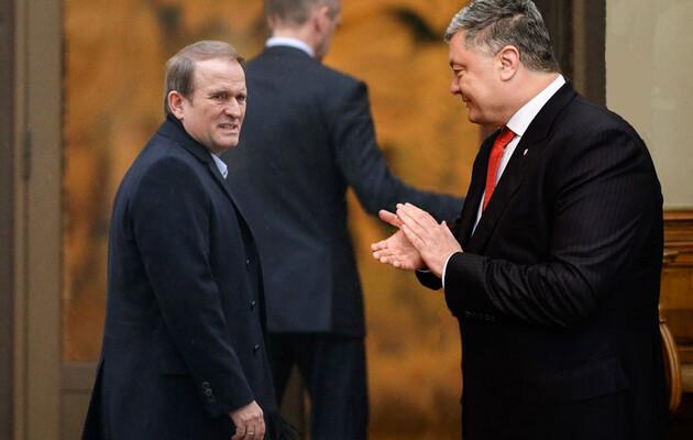 Порошенко и Медведчук объединились! Шокирующая информация — провоцируют улицу. Происходит немыслимое — против Зеленского!