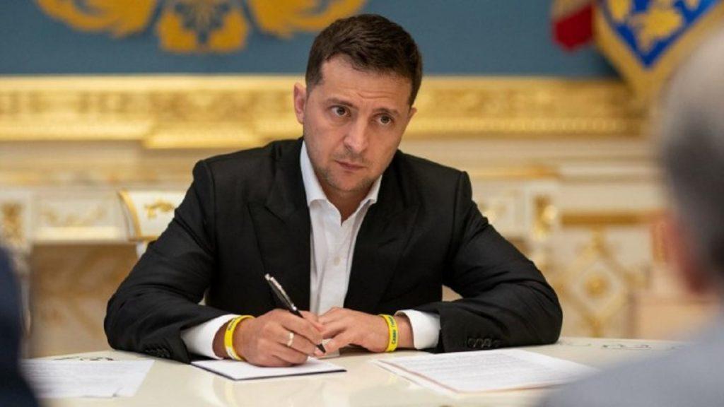 Только что! Зеленский подписал — громкое назначение, просто в ОП. После отставки — нашли замену. Важная должность