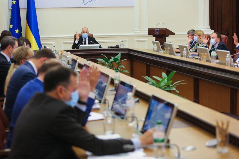 Просто во время заседания! Степанов выдал — продлить до 28 февраля: чрезвычайная ситуация. Украинцы не ожидали