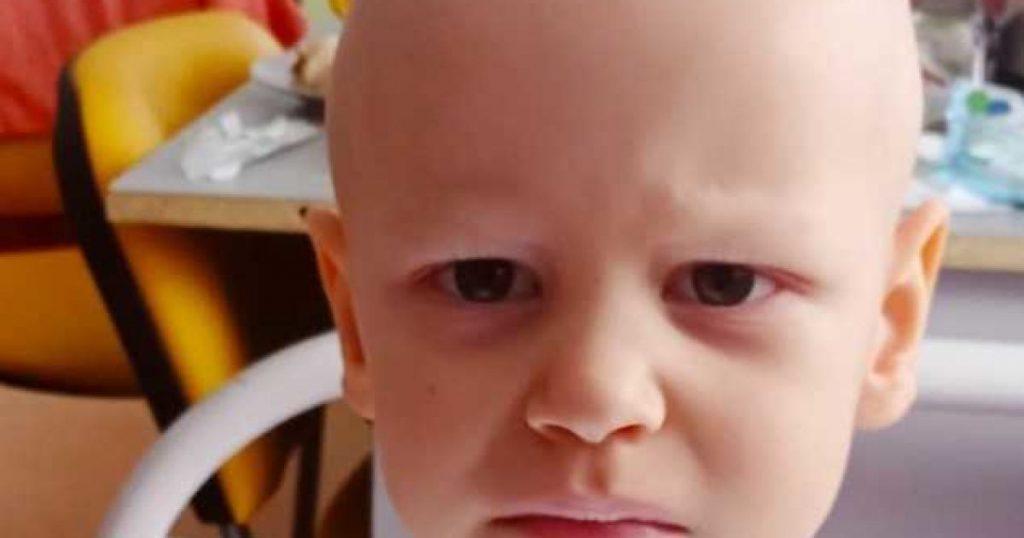 3-летний Богданчик нуждается в вашей помощи. Помогите ребенку вернуться к нормальной жизни!
