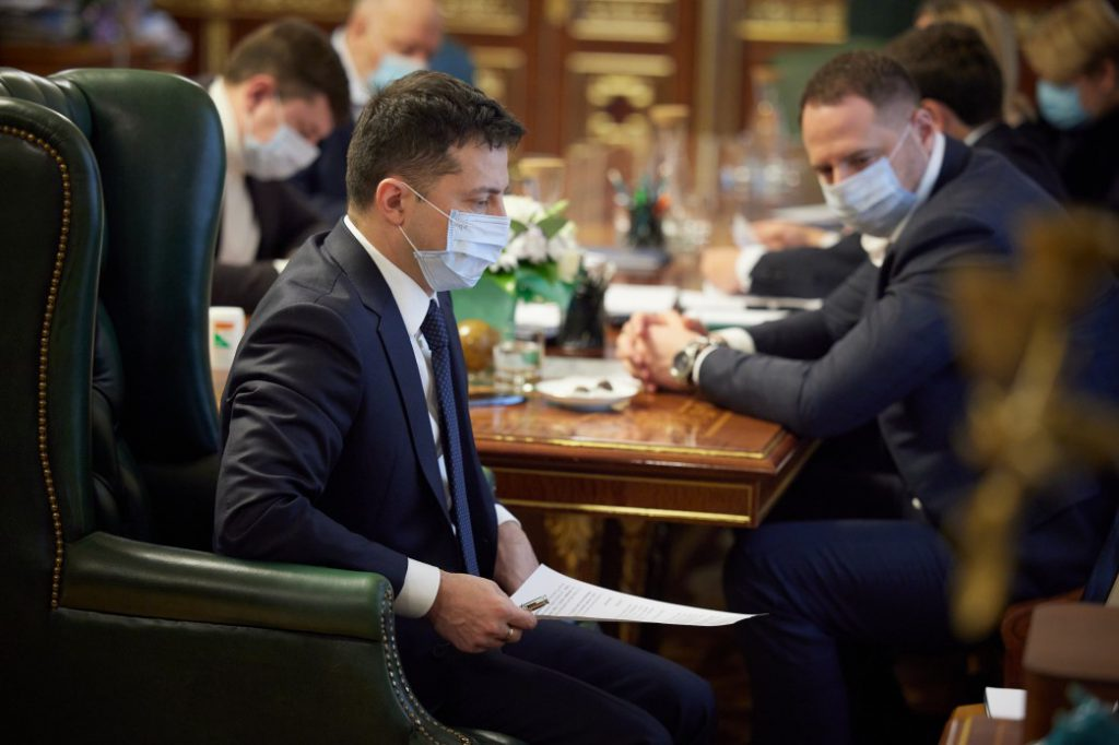 Во время совещания! Зеленский выпалил, неотложное требование — детальный план. Степанов побелел: со следующего месяца