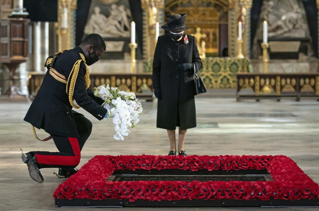 После нового года! Трагедия в монаршей семье — Королева Елизавета в слезах. Она умерла — неожиданно для всех