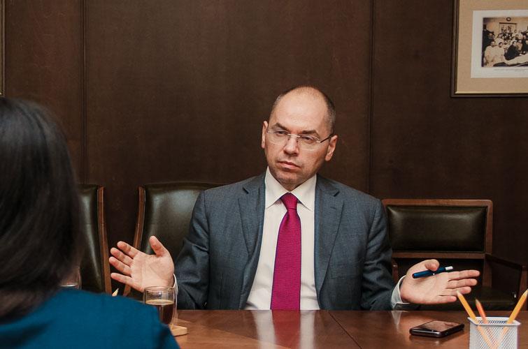 Глупо! Степанов не стал молчать, скандальное обвинение — очередная «измена». Украинцы услышали: абсурдные факты