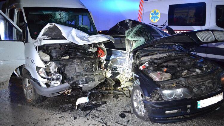 Поздно ночью! Жуткая авария всколыхнула Львовскую область — неслыханное столкновение. Выехал на встречную и …