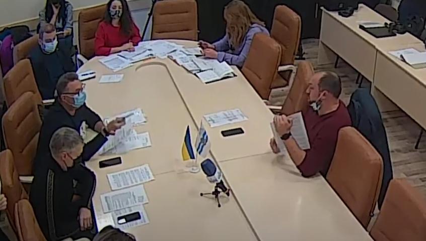 Просто во время заседания! Депутаты от ОПЗЖ шокировали поведением — слов не подбирали : скандал за скандалом
