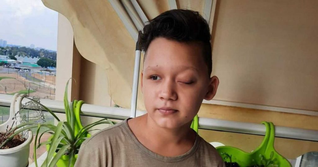 Нужна помощь! Артем еще совсем ребенок, но каждый день борется с тяжелой болезнью — спасите жизнь