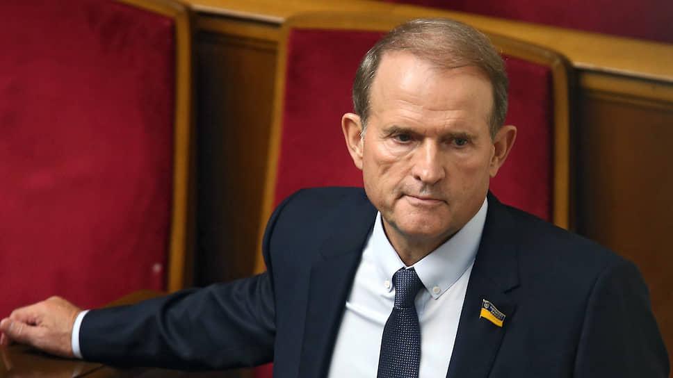 Только что! Медведчук в шоке, экс-чиновник не стал молчать — откровенная ложь. На Банковой не ожидали — абсурд