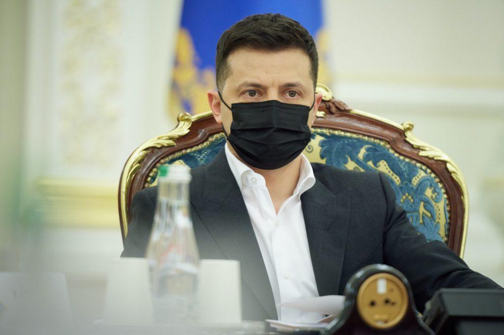 После СНБО! Зеленский сделал это — указ подписан. Еще одни санкции — на три года. Украинцы аплодируют!