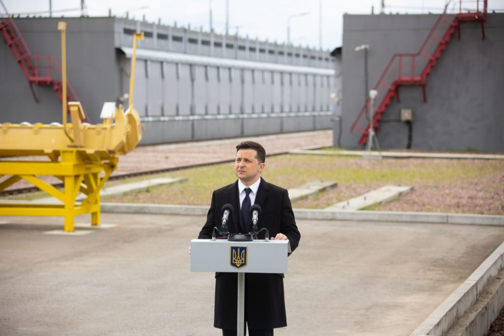 Просто во время поездки! Зеленский обратился к украинцам — необходимо сделать все возможное. Чтобы предотвратить трагедию