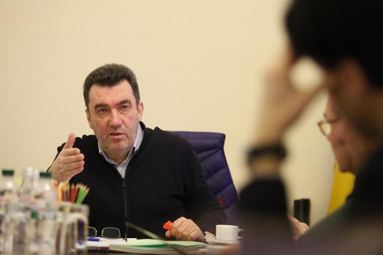 Просто перед заседанием СНБО! Данилов срочно выступил — «пятая колонна» способствует. противостояние продолжается