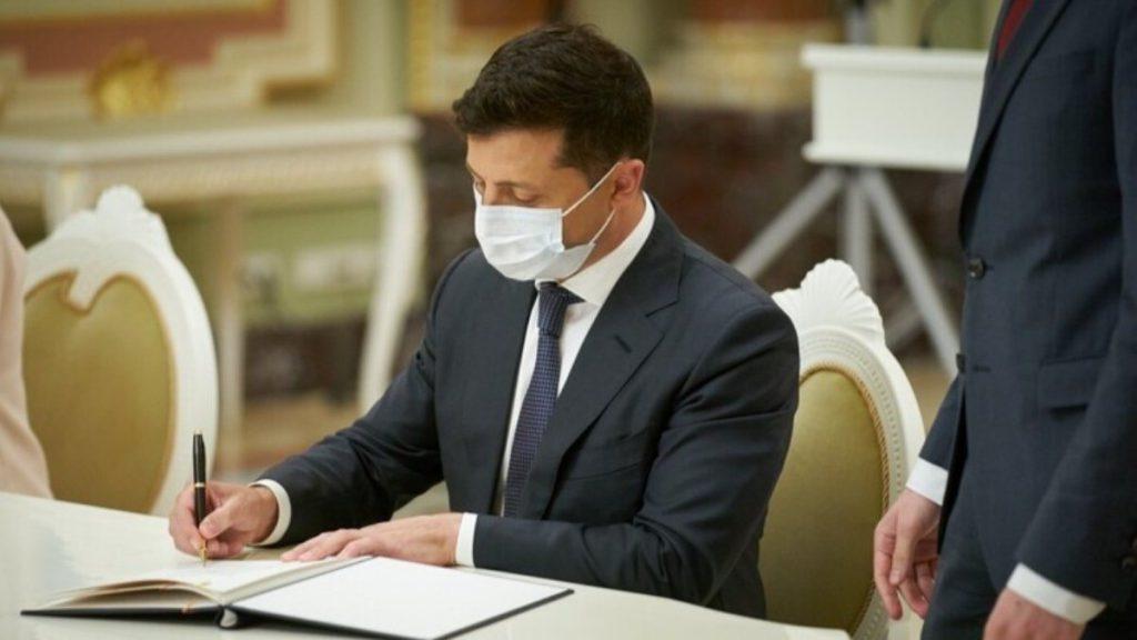 После заседания СНБО! Зеленский подписал важный указ: решение на столе — украинцы аплодируют!