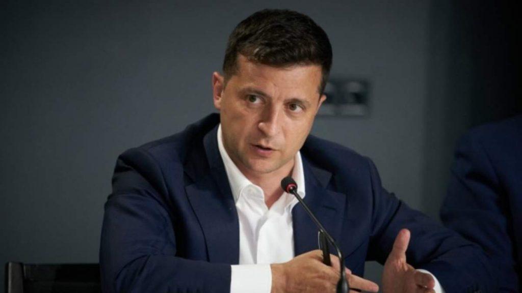 Покинуть Украину! У Зеленского не удержались — российского дипломата погнали: дали 72 часа, прочь!