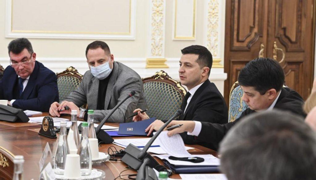 СМИ обнародовало часть списка «воров в законе», против которых накануне СНБО ввел санкции