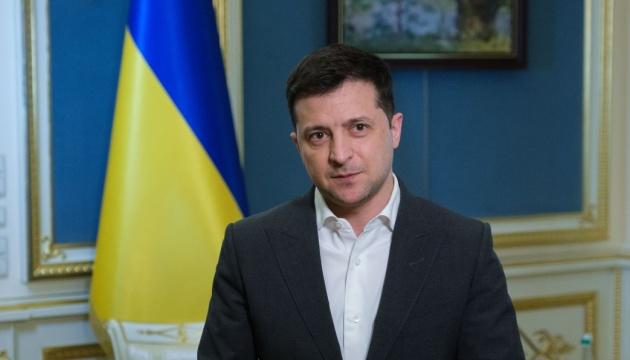 Зеленский поздравил украинских морпехов