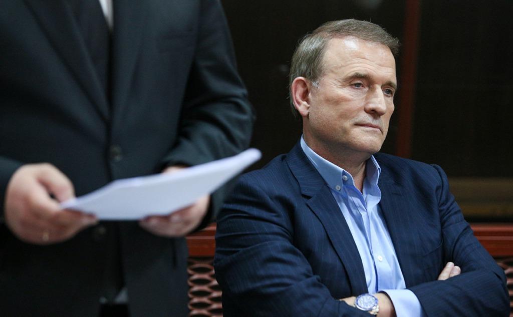 Штраф и громкое обвинение: Нацсовет нанес новый удар по «каналам Медведчука»
