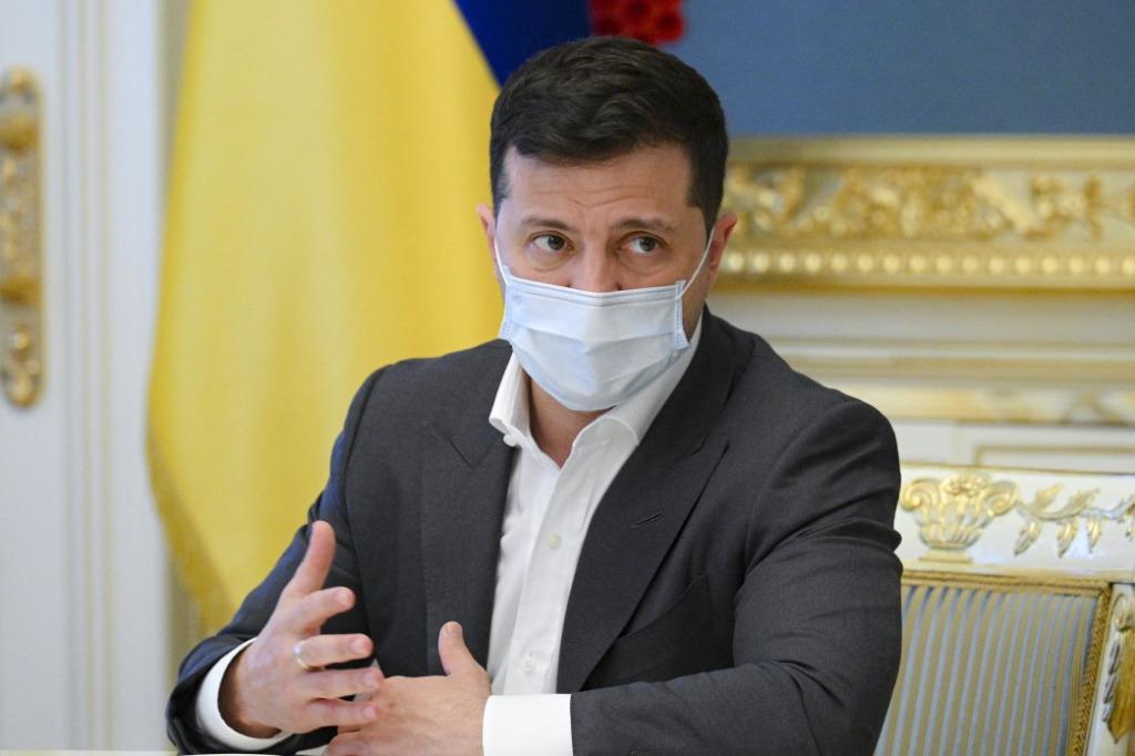 Зеленский обратился к украинцам накануне Пасхи
