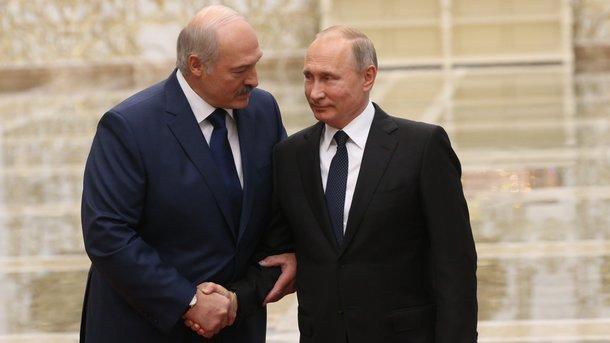Шушкевич: Лукашенко подменяет один вопрос другим. Все заняты самолетом и забыли, что он — незаконный президент