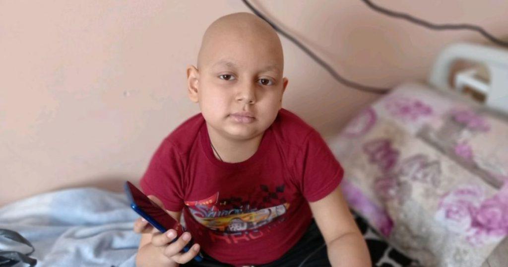Тимурчик борется с четвертой стадией онкологии и нуждается в срочной помощи