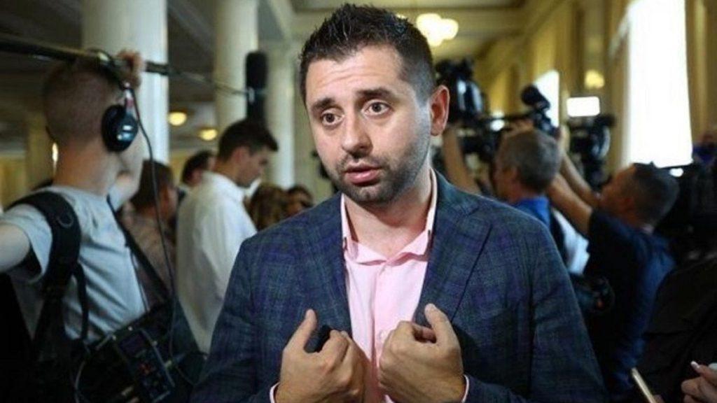 Арахамия рассказал в прямом эфире, что давал взятки чиновникам