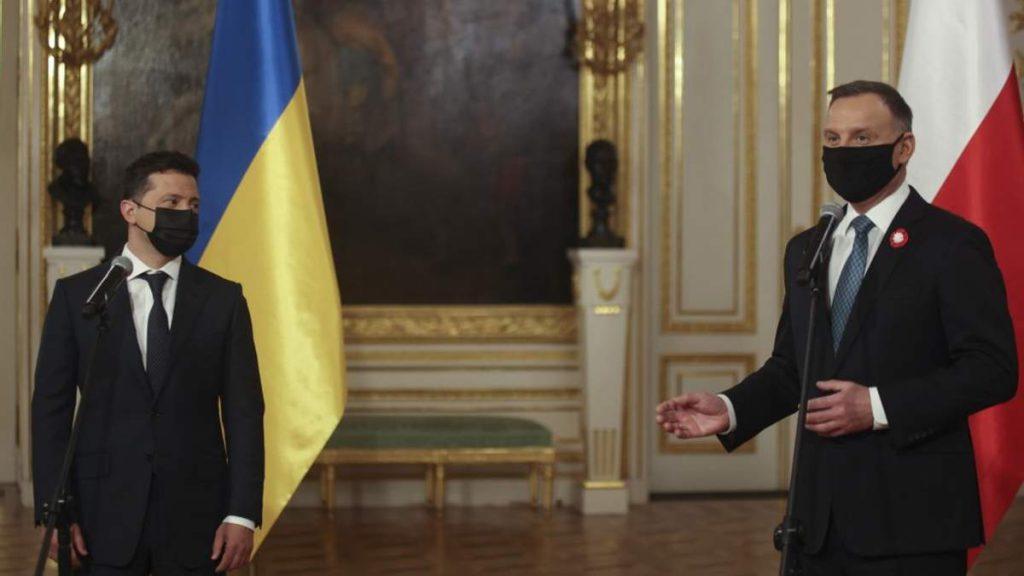 Зеленский и Дуда подписали совместную декларацию по приближению Украины к вступлению в ЕС