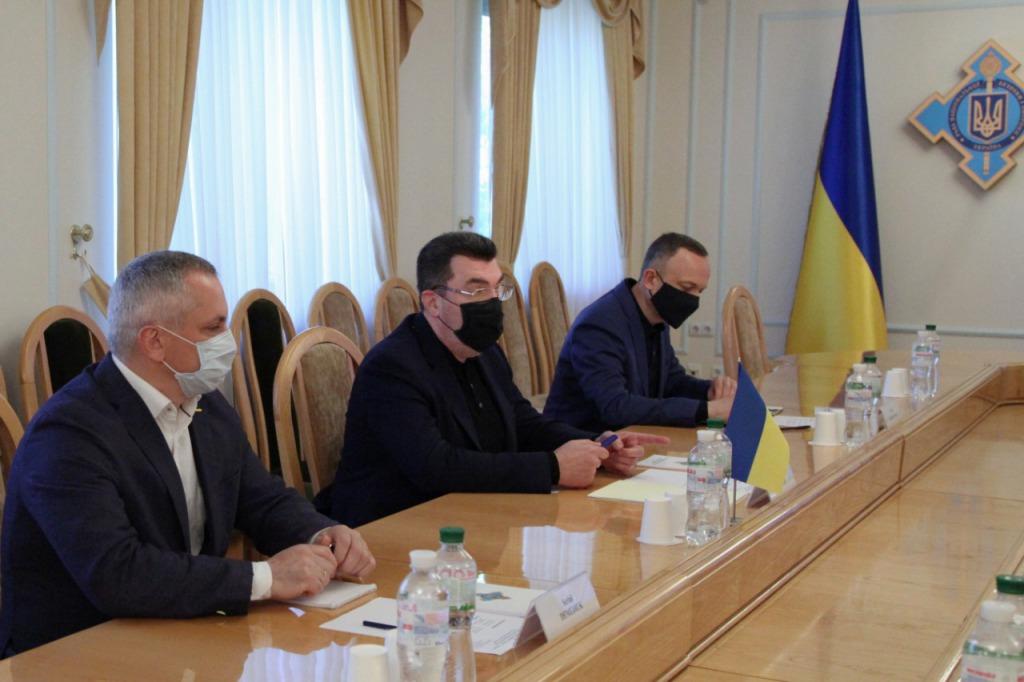 В Украине в перечень олигархов уже могут войти 13 человек.