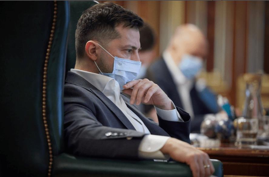 Зеленский пригрозил олигархам санкциями и поставил жесткие условия