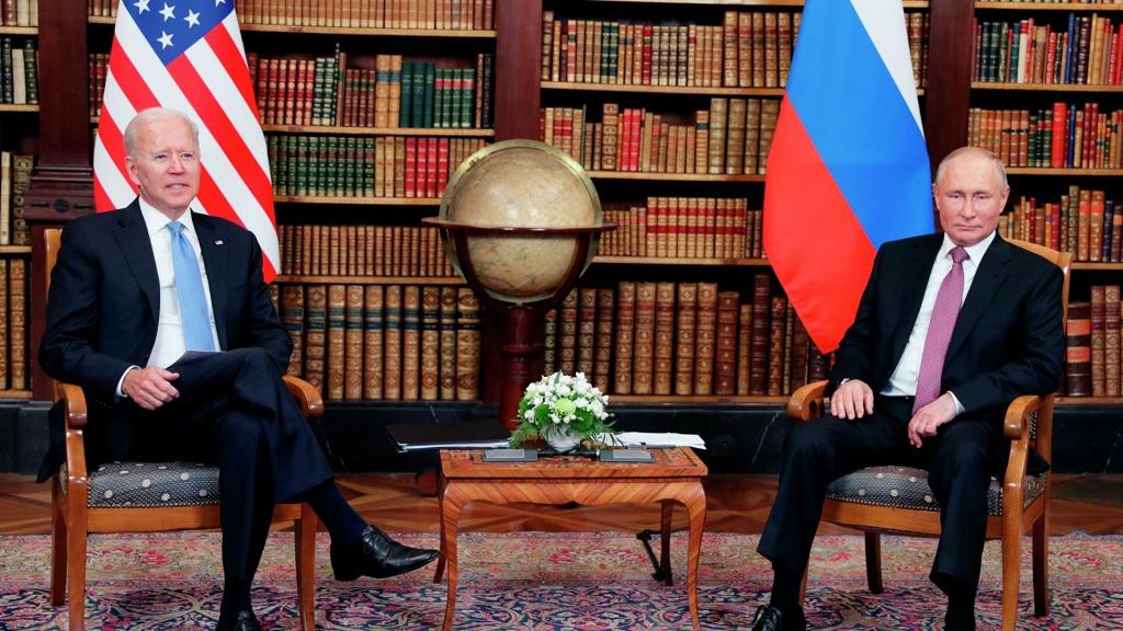 Просто во время встречи! Путин очень волнуется — прозвучало мощное заявление: важные детали