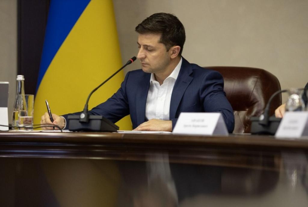Указы подписаны! Зеленский провел кадровые перестановки — важные должности. Скорость и профессионализм!