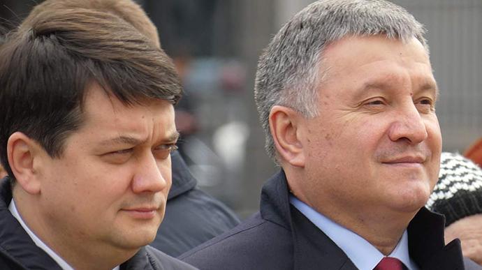 Руководствовались более личными интересами и амбициями: Аваков и Разумков против санкций