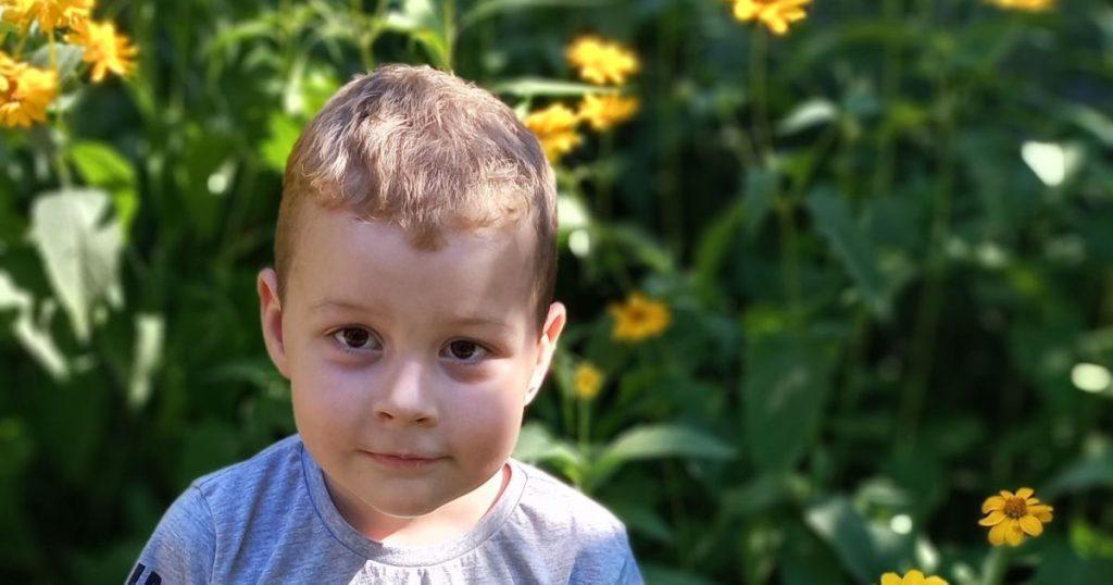 Помощи для сына просит мама Артема