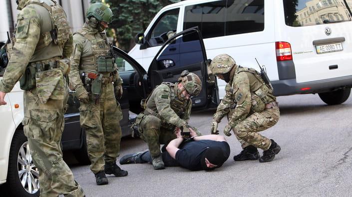 Только что! СБУ молниеносно разоблачила них — «выполняли задачи по РФ». Зеленский доволен!