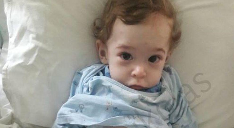 «Ребенок сейчас не может даже есть»: Николасу нужна немедленная операция