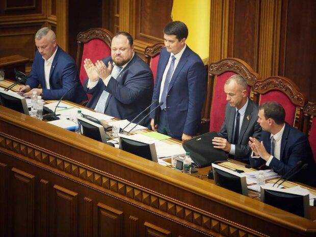 Готов немедленно внести! Срочное заявление Разумкова — задержки не будет. Это непростой вопрос!