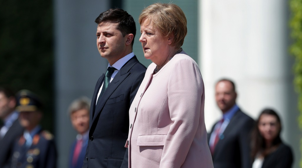«Мы в дружных отношениях»: Меркель пообежала Украине 1,5 млн доз вакцины.