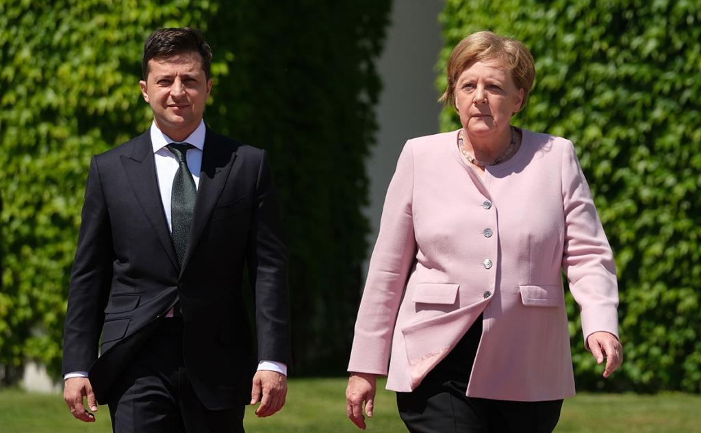 Перед встречей с Меркель! Зеленский влетел: с подарками не приедет! Это произойдет-гарантии энергетической безопасности!