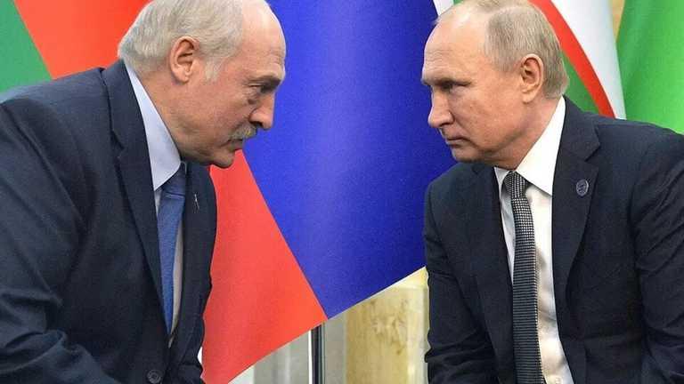 Час назад! Эксперт разоблачил Лукашенко — «смеет издеваться». Зеленский не будет молчать!