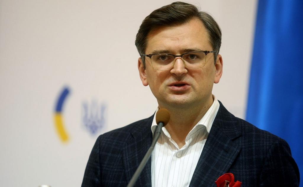 «Я устал, нас держат на крючке»! Кулеба влетел: «ЕС не готов принимать Украину». Громкое заявление — «стратегическая неопределенность». Никто не ожидал