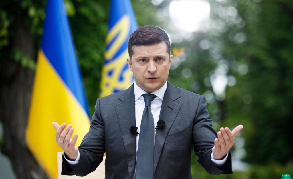 Впервые за 30 лет! Олигархи присели: Зеленский идет в наступление. Украинцы аплодируют — ликвидировать систему.